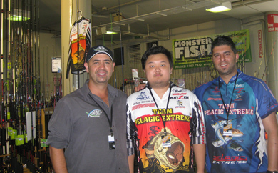 Nick from Savwinch with the team from Monster Fish