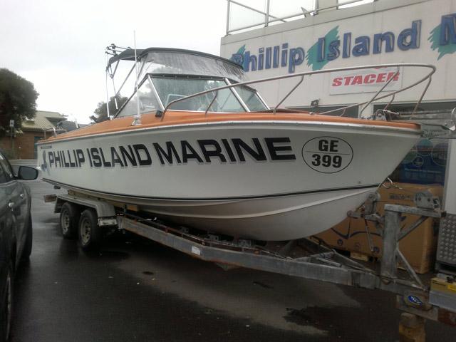 Savwinch on Phillip Island Marine Boat